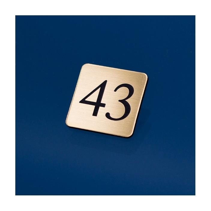 Grawerowany numerek kwadrat